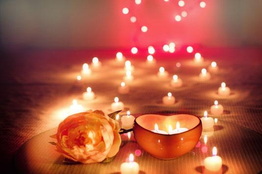 Une magnifique décoration pour une demande en mariage!! Source Pixabay