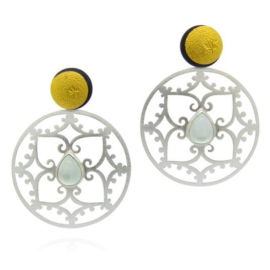 halbmond-sonne-grüner-mondstein-ornament-ohrringe-goldschmiede-atelier-herzog