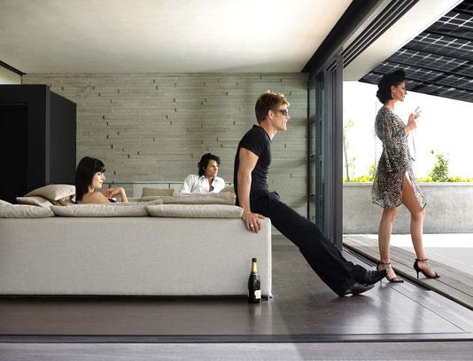 Unser Solar Terrassendach lässt trotzdem Licht ins Wohnzimmer