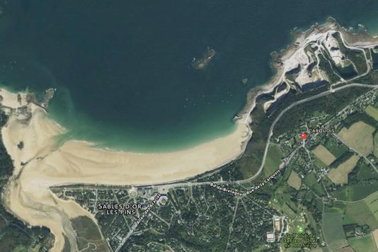 Villa Bleu Breton se trouve tout près de la plage des Sables d'or, son golf et sa station balnéaire