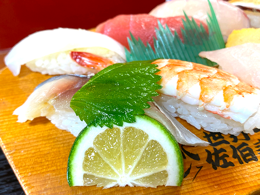 大分ローカルタレントが佐伯寿司にカボスをしぼりました