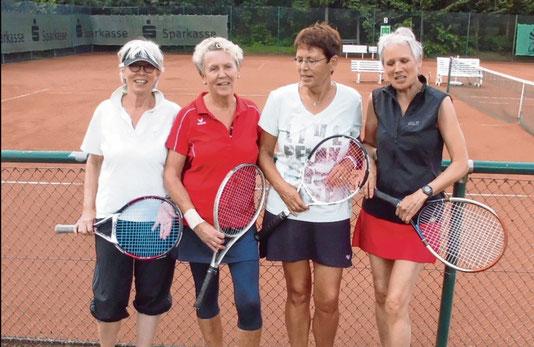 Die erfolgreichen Damen 60-Mannschaft (von links): Margret Peters, Annegret Behrens, Frauke Gasau, Kirsten Lepthin.mehlert
