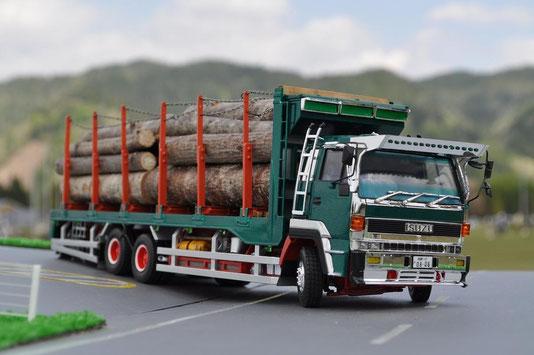 いすず810スーパー原木輸送車