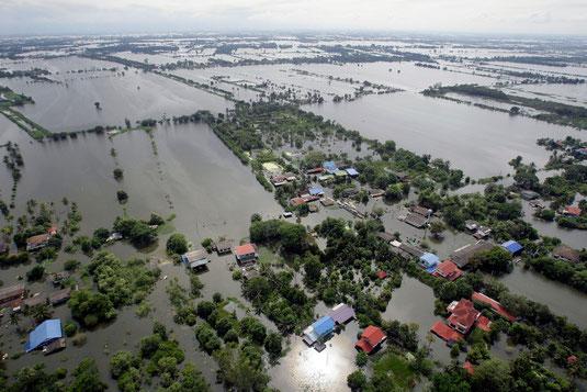Inondations en thailande. Sources: http://www.tuxboard.com/inondations-thailande-2011/
