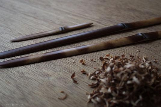 煤竹の菓子切り(向こう)とペーパーナイフ(手前)|Fujifilm X-T20