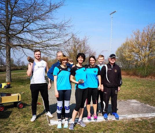 ... und hier mit Trainer Kurt Büttler (rechts).