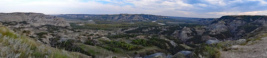 Theodore Roosevelt National Park, North Unit, am Endpunkt des Scenic Drive, Oxbow Overlook