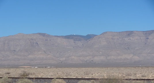 oben auf dem Berg das National Solar Observatory in Sunspot
