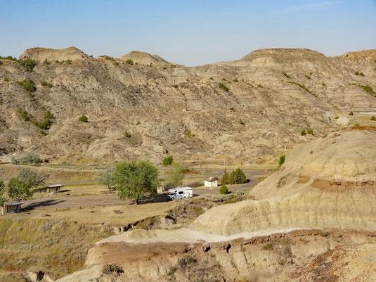 Makoshika SP, Diane Gabriel Trail, Blick von oben auf den Campground
