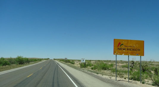 New Mexico State Line, auf der US-285 von Pecos nach Carlsbad