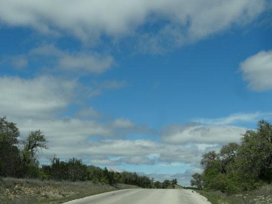 dann auf der Farmroad 3232 nach Norden
