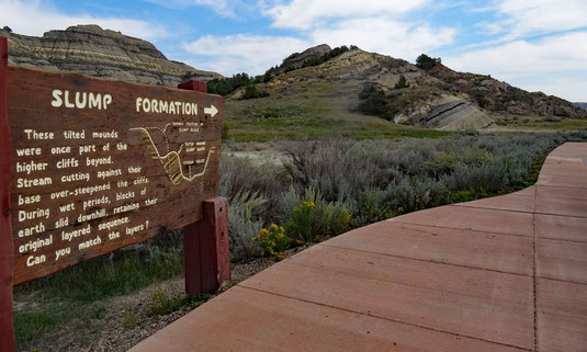 Theodore Roosevelt National Park, North Unit, Scenic Drive, Slump Block Pullout