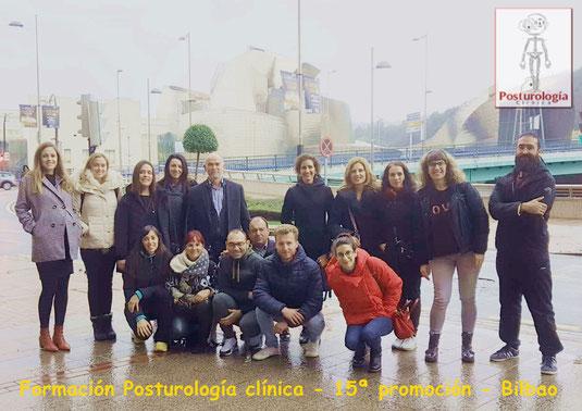 Fin de curso de la 12ª promoción de Posturología clínica. Con Ana Vargas, Rut Delgado y Aittor Loroño.