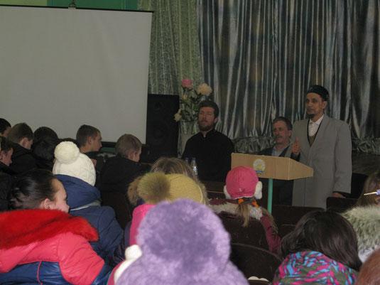 Встреча с представителями духовенства.Имам-мухтасиб Дуванского района мусульман Зекерий Хазрат Хадыев.