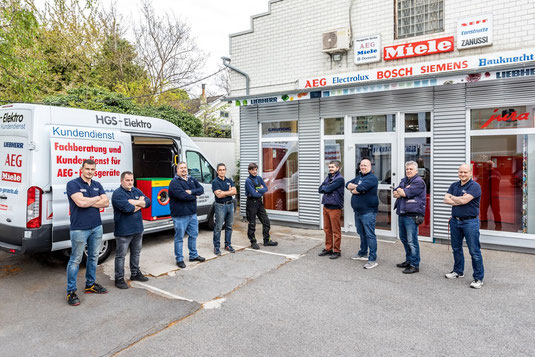 Einbau Kühl-Gefrierkombination Beratung, Verkauf, Lieferung und Montage Service bei HGS Elektro in Köln seit 1986