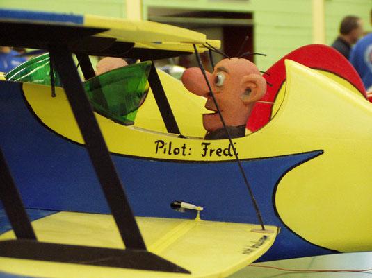 Pilot Fredi beim Startversuch....