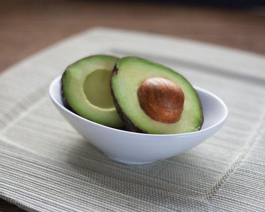 Omega 3 Fettsäuren bei Trockene Augen, Avocado als Abbildung