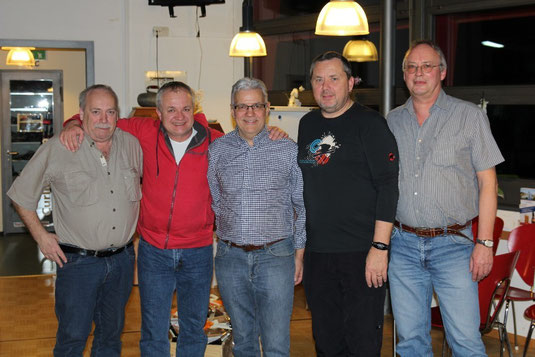 Auf Foto: Marcel Kreienbühl, Norbert Neumeyer, Hans Felder, Ueli Leuenberger, Markus Hofmann. Auf dem Bild fehlen Bernadette Notz und Franz Geisser