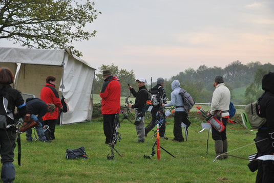 Abri d'arbitres au début d'un parcour, Ploeuc le Lie, CF Nature 2012