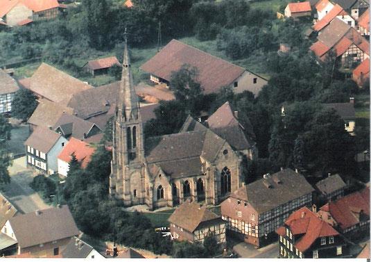Martinskirche mit Kantorenhaus und Pfarrwitwenhaus vor 1977