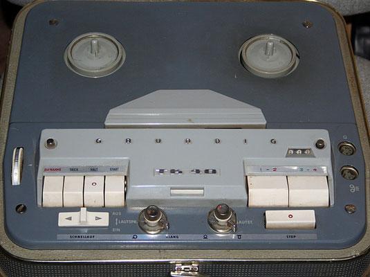 TK 40 von Grundig