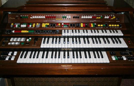 Yamaha D-85 electronic Organ