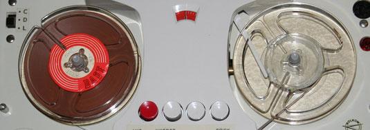 Bandspulen mit Eisenoxyd-Bandmaterial
