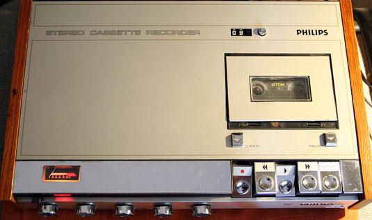 Philips N2400