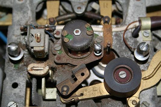 Auch die Köpfe können durch stark verschmutzte Tonbänder Schäden davontragen.