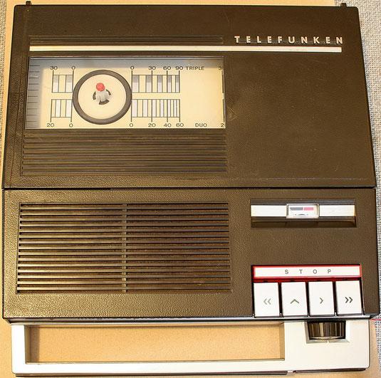 Telefunken Magnetophon 300 tragbares Tonbandgerät