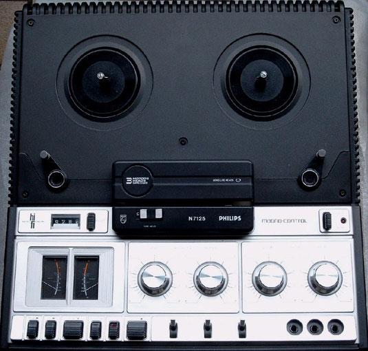 Stereo-Tonbandgerät N 7125 von Philips