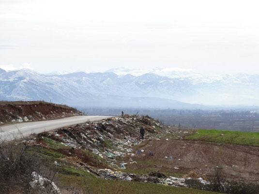 Paysage et déchet en Albanie