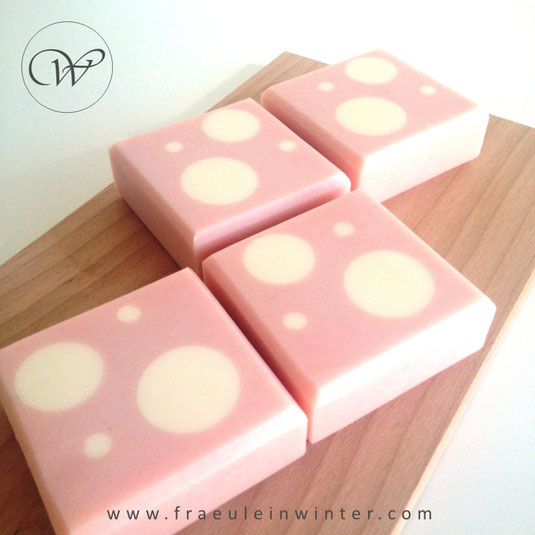 Dots - Handmade soap by Fraeulein Winter