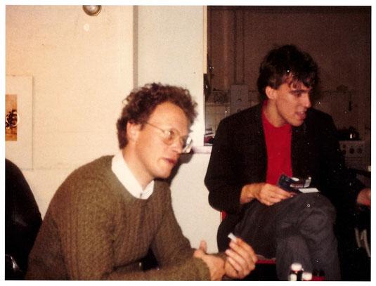 Joost Zwagerman en Edzard Dideric (vrolijke shagdraaiers) verjaardag november 1984 Bergen...