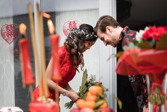 Hochzeitsreportage deluxe in Essen und Bottrop: eine chinesische Teezeremonie und eine freie Trauung an einem Tag.