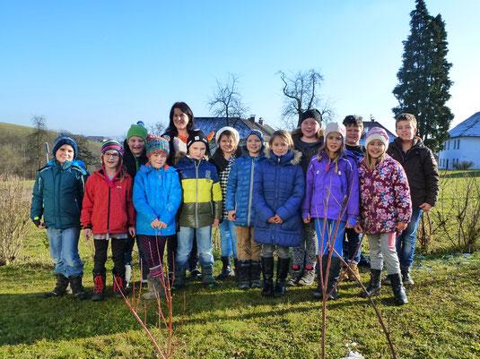 GTS-Kinder mit Freizeitbetreuerin Frau Maria Ganhör