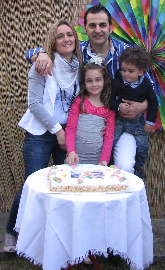 Matilde con Mamma, Papà e l'amatissimo fratellino Achille