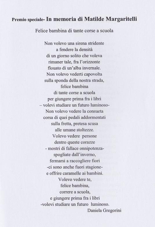 Felice bambina di tante corse a scuola - Daniela Gregorini -