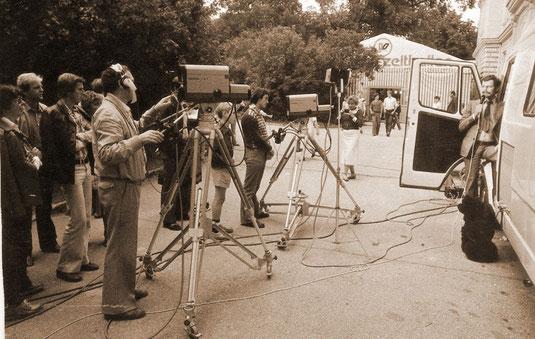 Dieswöchiges historisches Bild in den NÖN, Kremser Zeitung: 1981 betrieb die Studiengesellschaft für Kabel-TV in NÖ. ein Fernsehstudio auf dem Kremser Messegelände. Foto: WaPA