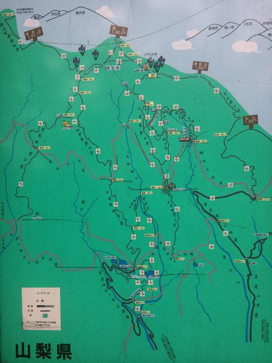 櫛形山周辺地図 平成峡のルートは山と高原地図に載ってない。