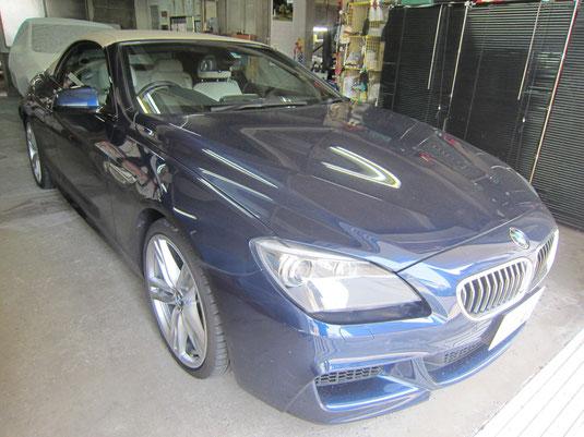 BMW640i クーペ カブリオレ の20インチ純正アルミホイール4本のガリ傷、擦りキズ、欠けのリペア(修理・修復・再生)後の車両全景写真