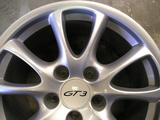 ポルシェ911(996)GT3、純正アルミホイールのガリ傷・擦りキズのリペア(修理・修復)後のアップ写真