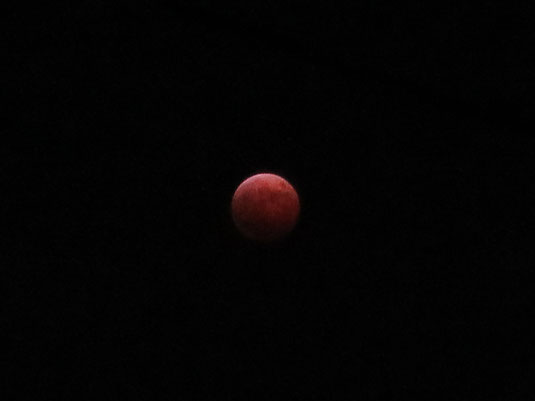 皆既月食の写真2014年10月8日撮影
