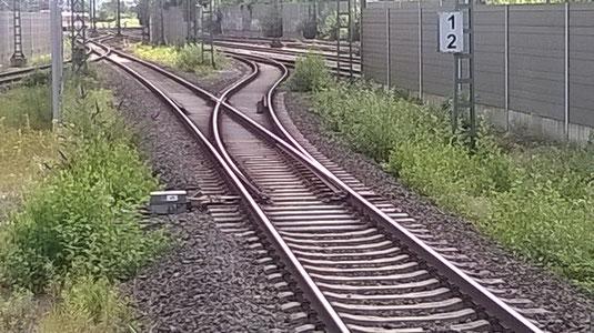 Das S-Bahn Gleis in Troisdorf als Beispiel