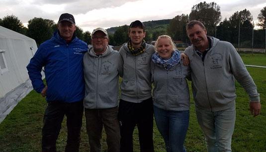 Fünf Busch-Bouler mit 13 Siegen aus 15 Siegen: Cord, Klaus, Sven, Jenny, und Holger
