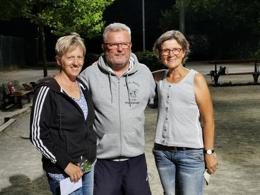 Barbara, Klaus und Turnierleiterin Iris