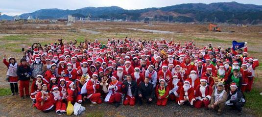 サンタ100人2013@陸前高田市の全体写真。