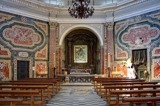 Interno del Santuario di Schiavonea