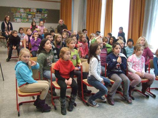 Schüler beim Vortrag