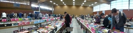25 000 Bücher